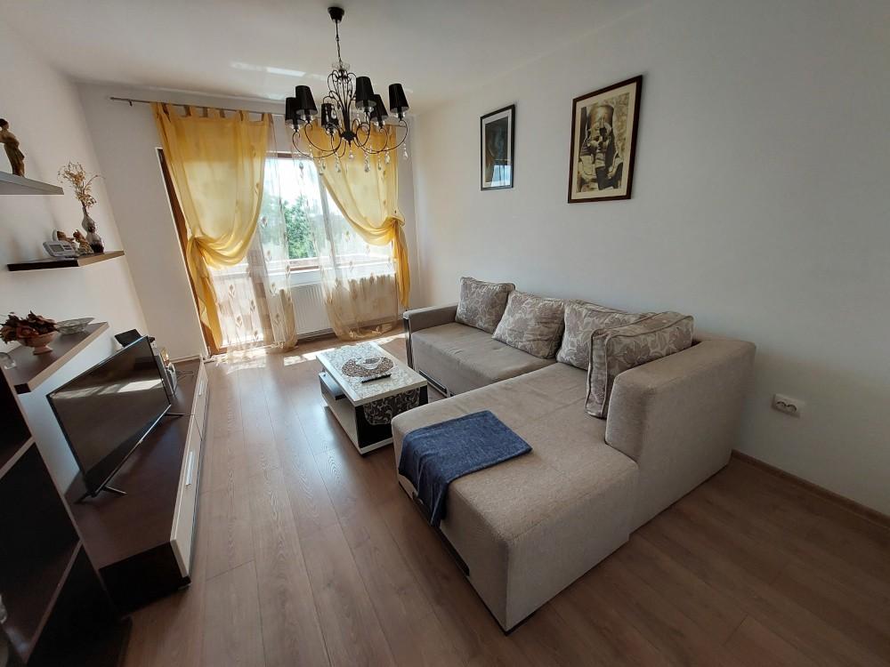 Apartament mobilat 3 camere Mazepa I de inchiriat